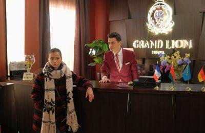 Узнать все о закулисье отеля «Гранд»