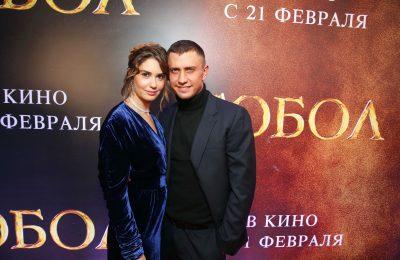 Павел Прилучный и Агата Муцениеце на премьере картины «Тобол»