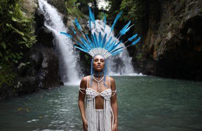 MIA BOYKA показала жаркий клип на песню «Mamba»