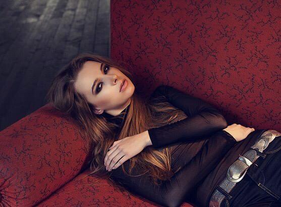 Пока никто не смотрит: блогер Виктория Ляхоцкая не раскрывает всей правды про отношения с Дианой Шурыгиной